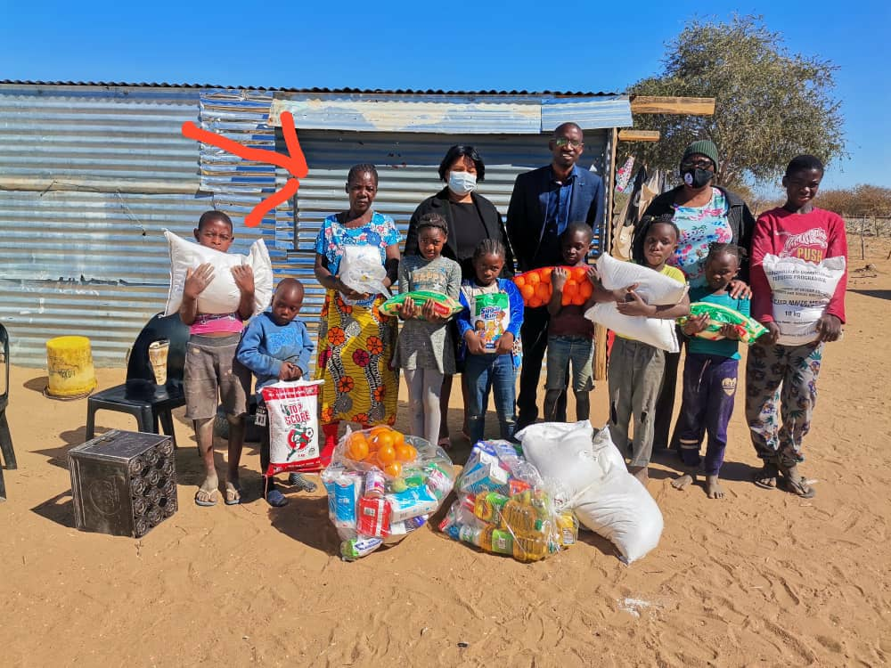 This granny (Hero) is looking after 21(!!!!) Children! Her household was given two food parcels.